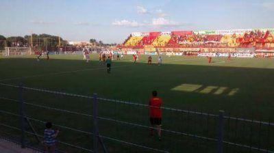 Aburrido 0 a 0 entre Boca Unidos y Guaraní
