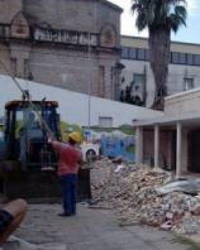 Desde el gobierno provincial prometieron acciones en materia edilicia para escuelas de Paraná