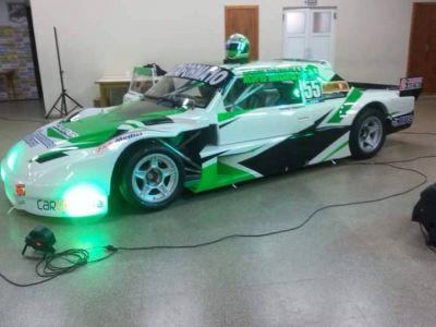 Santiago Mangoni present� su auto de TC