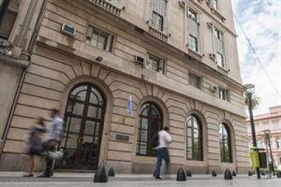 Revelan que la ex SIDE usó escuchas judiciales para espionaje interno