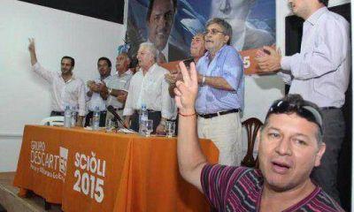 Pihen se mostró con sciolistas en La Plata