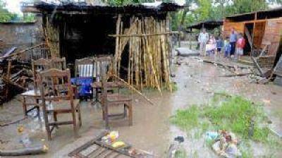Inundaciones: Reubicar�n a familias que perdieron sus viviendas