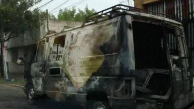 Volvieron los quemacoches y atacaron en barrio Parque