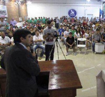Fuertes y Juan Saintotte cerraron el Encuentro de Jóvenes en Paraná