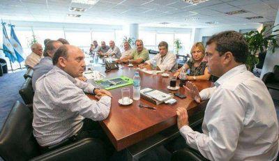 Pablo Garate junto a Massa en reunión con CARBAP