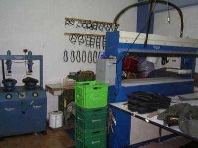 La Municipalidad clausuró la fábrica de alpargatas