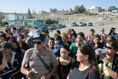 Feriantes de La Saladita se oponen a la construcción del Centro de Día