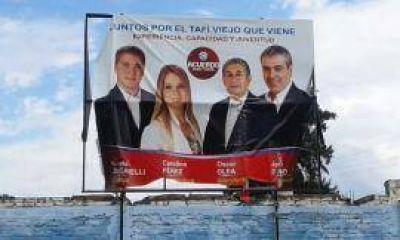 Destrucción de carteles de Cano en Tafi Viejo: denuncian a Pucharras