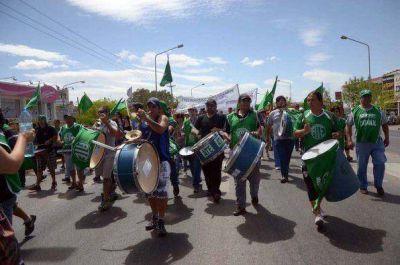 El jueves paran los estatales en Neuquén
