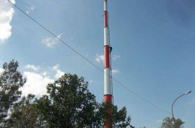 Vecinos reclaman que se paralice la obra de instalación de la antena en Atlético