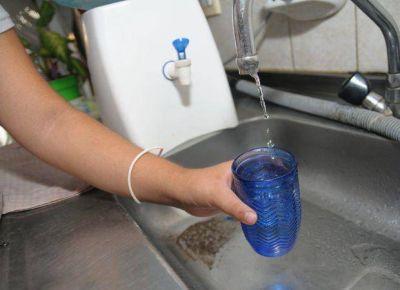 Aseguran que el abastecimiento de agua en la capital puntana es normal