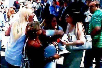 La hermana de la presidenta agredió a familiares de víctimas de la inundación de La Plata