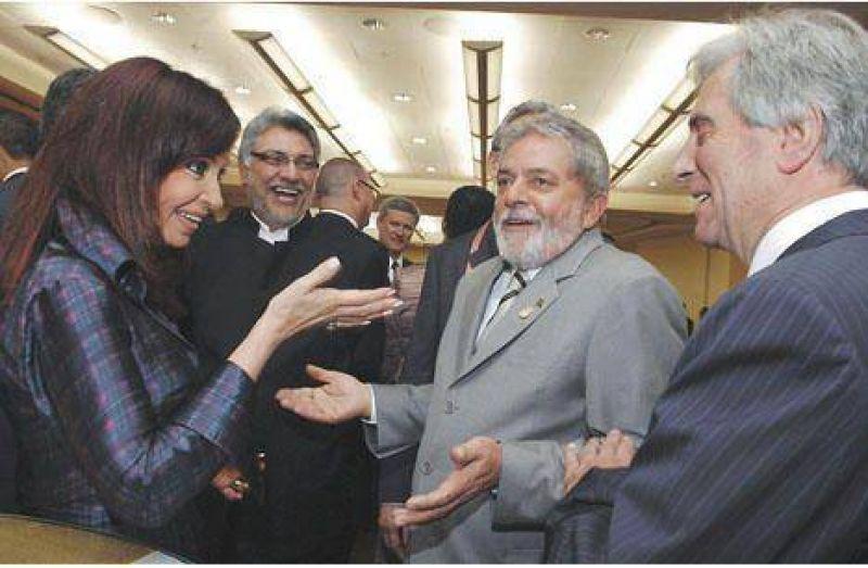 Uruguay y Paraguay se suman a los reclamos por las trabas para importar