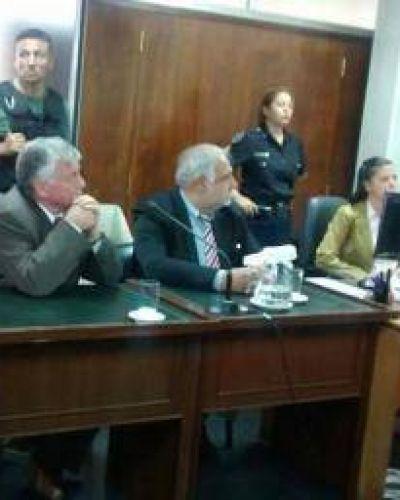 Condenan a prisión perpetua al ex alférez Angel Pezzeta