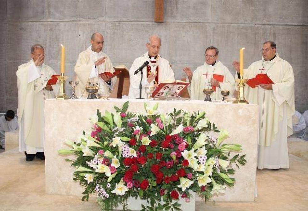 La UCA inauguró la iglesia principal de su Campus Puerto Madero