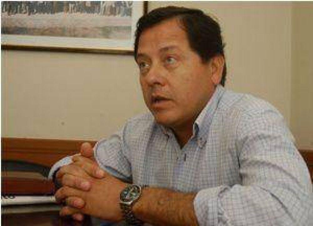 Polémica en el CD Tinogasta entre Ávila y el