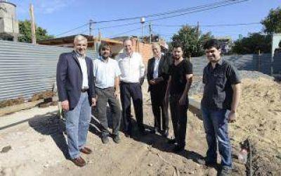 Elecciones 2015: Julián Domínguez visitó al Padre Pepe