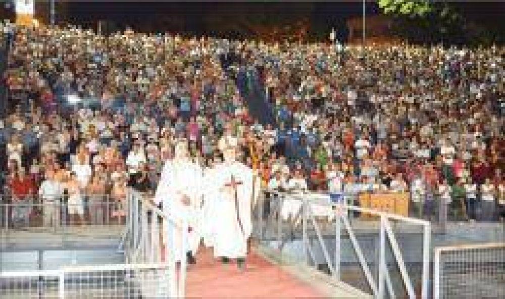 Con una multitudinaria misa, Posadas honró a San José