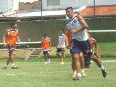 Quilmes quiere hacer historia y ganarle por primera vez a Newell´s en Rosario