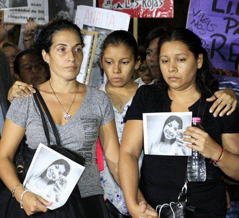 Familiares y amigos de Daiana García exigieron justicia frente al Obelisco