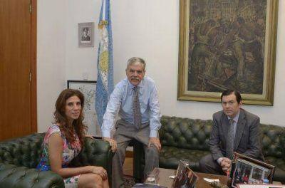 La gobernadora y el ministro De Vido acordaron que el Gasoducto del NEA pase por Santiago, en una reunión en la participó el senador Gerardo Zamora