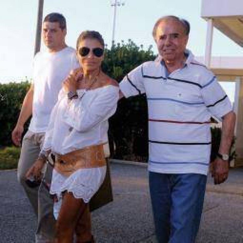 "Carlos Menem ""analiza la idea de ser candidato a gobernador"""