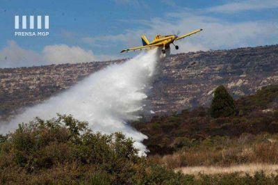 Aviones hidrantes se sumaron para combatir el fuego Redaccion