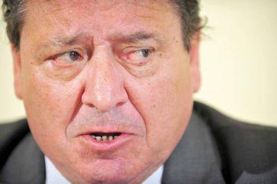 Cisterna: �M�s all� de intentar perjudicar a Das Neves podr�a haber otras implicancias econ�micas detr�s�