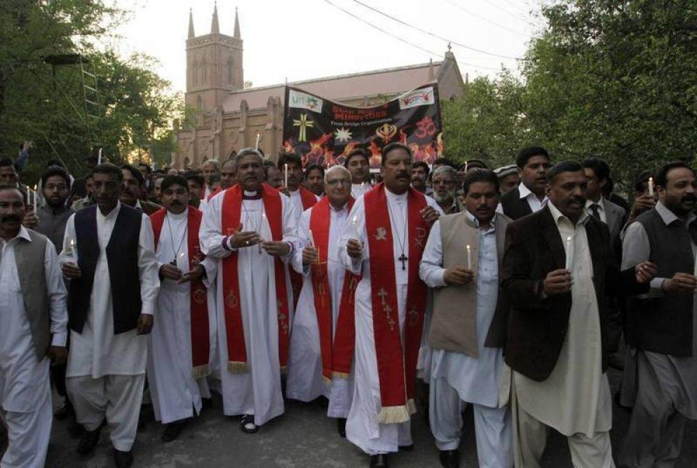 Paquistán; se teme «un ataque masivo» contra el barrio cristiano