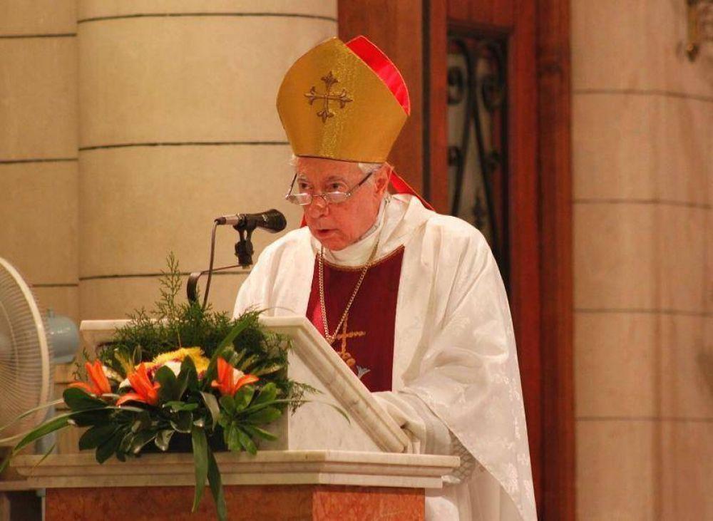 """Mons. Aguer llamó a """"deslomarse"""" en el trabajo sacerdotal"""