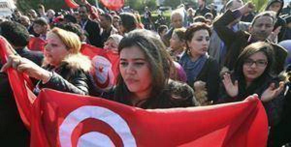 EI reivindica el atentado en Túnez y promete expandir su terror