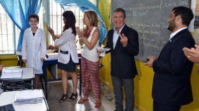 Urribarri se mostró con Mussi y criticó a Macri