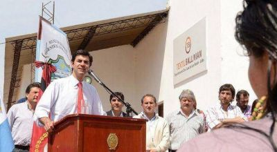 El Gobernador Juan Urtubey inaugura la segunda empresa social en Ballivián
