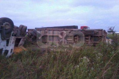 Murieron dos m�sicos del grupo Los Dinos en un choque frontal en San Cristobal