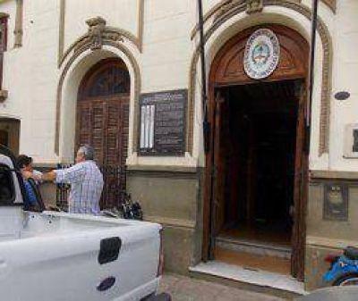 Dos presos fugaron de la DDI San Nicolás  Desde la media tarde del sábado se montó un operativo de seguridad especial buscando a dos presos que estaban alojados en la sede de la DDI.