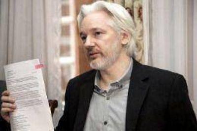 Assange elogió la