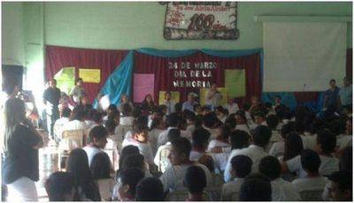 El FCyS pide explicaciones al Gobierno por la presencia de La Cámpora en una escuela