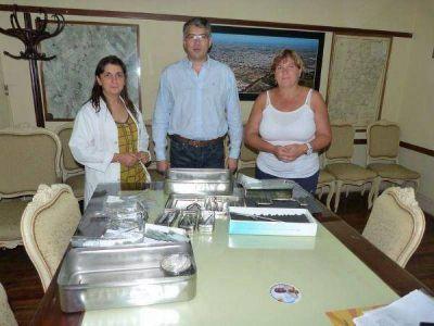 San Andrés de Giles: recibieron equipamiento para neurocirugía del Hospital Municipal