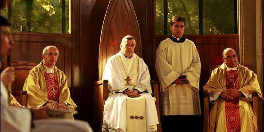 Chile: Barros no asistió a su primera misa en la catedral
