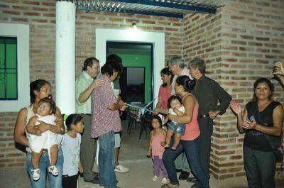 Inauguran Viviendas Sociales en Nueva Esperanza