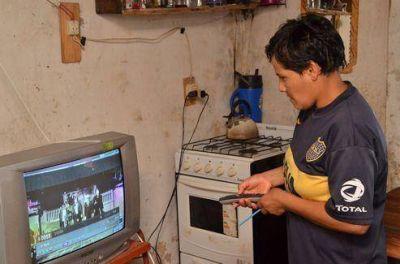 Familias entrerrianas de nueve localidades acceden a la Televisión Digital Abierta vía satelital