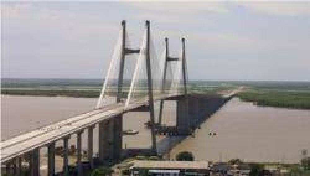 Construirán un edificio de 60 metros de altura frente al puente a Victoria