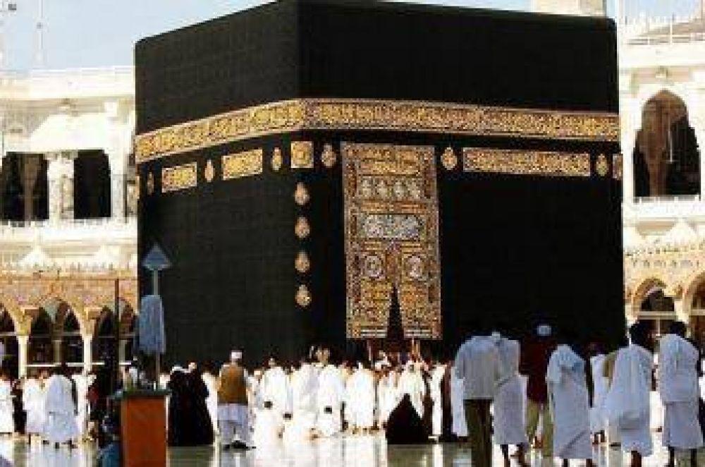 Capacitan a empleados en el lenguaje de señas en la Meca