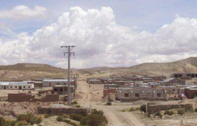 Avanza la instalación del servicio de energía eléctrica