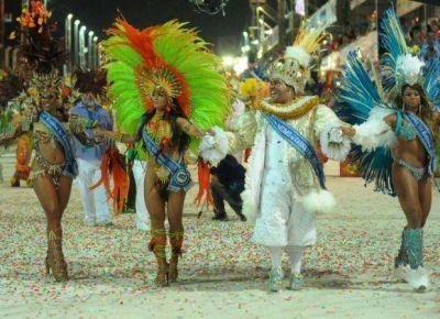 Con unas 22 mil personas, cerró el Carnaval de Río en San Luis