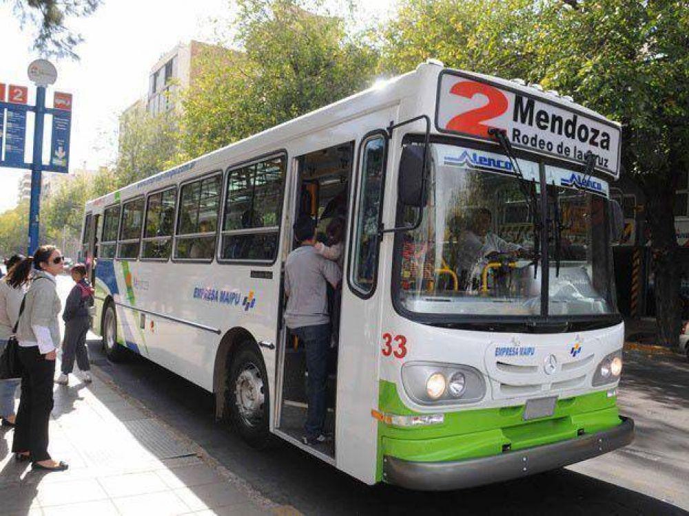 Los choferes de micro de Mendoza adherirán al paro nacional del 31 de marzo