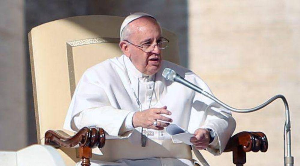 La ideología de género es una equivocación de la mente humana, afirma el Papa Francisco