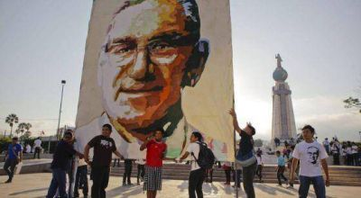 """Mons. Lozano: """"Romero fue un mártir y amigo de pobres y excluidos"""""""