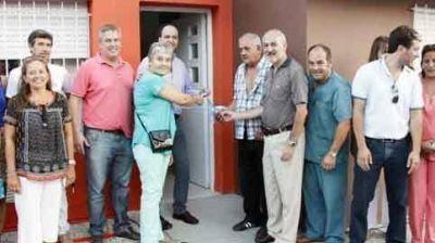 Martín Caso reinauguró el CAPS de Santa Teresa