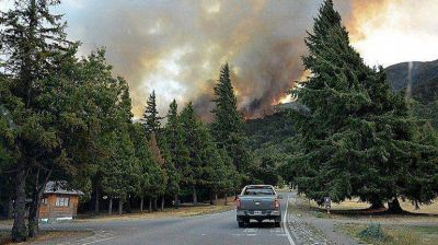 Incendios en Chubut: enviarán apoyo de La Pampa, Mendoza y Buenos Aires